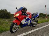 HONDA CBR 600 F - foto