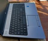 Ordenador portatil HP - foto