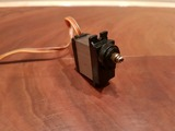 mini servos RC - foto