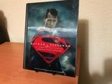 Batman v Superman holograma - foto