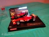 Ferrari F2002 V10 N°1 scalextri - foto