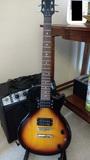 Guitarra electrica y amplificador - foto