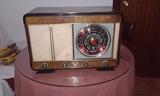 Radio antigua madera - foto