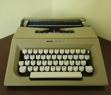 Máquina de escribir antigua - foto