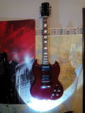 Guitarra electrica y amplificador/leon - foto