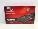 Central SCALEXTRIC Digital SYSTEM 2500. - foto