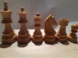 Piezas ajedrez madera plomado - foto