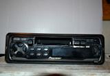 Radio  Cassett coche  pioneer. - foto