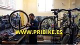 Reparación, Mecánico de bicicletas - foto