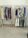 Tienda ropa mujer (con palets) - foto