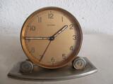 antiguo reloj despertador cyma. - foto