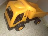 Camión de juguete - foto