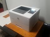 Impresora LaserJet Enterprise m506 - foto
