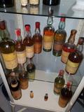 Compro chartreuse y viejos licores - foto