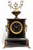 reloj antiguo de marmol - foto