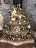 Reloj de bronce - foto