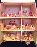 Casa de muñecas Hello Kitty completa - foto