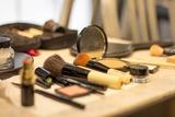 Maquilladora televisión - foto