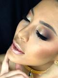 Maquilladora (color spell) Peinados. - foto