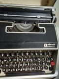 Vendo maquina de escribir manual - foto