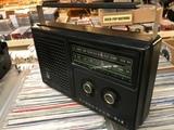 Pequeña radio Am soviética - foto