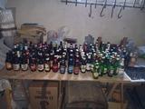 colección de botellas de cerveza - foto