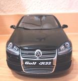 Volkswagen golf v 1:18 - foto