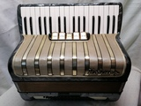 Acordeon hohner concerto iii 72 bajos - foto