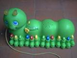 juguete gusano - foto