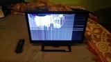 TV LED para piezas o reparar - foto