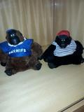 monos de peluche - foto