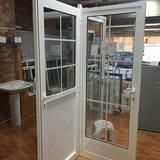 puerta de aluminio - foto