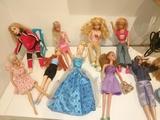 lote de muñecas Barbies Bratz y otras - foto