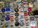 lote de 35 juegos pley 2 Originales - foto