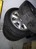 Llantas con neumáticos para mini Cooper - foto