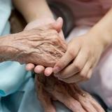 cuidado personas mayores/acompañamiento - foto