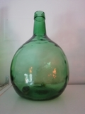 Antiguas garrafas de vidrio soplado 1969 - foto