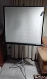 Pantalla de proyector de 90 cm x 100 cm - foto