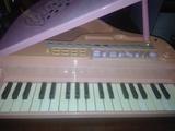 Piano órgano - foto