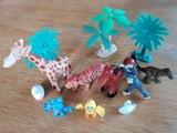 Surtido de juguetes. Animales. - foto
