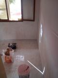 Humedades y alisado de paredes - foto