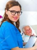 Cuidadora, enfermera, hospitales - foto