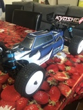 Buggy Lrp s10 brushless - foto