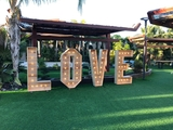 Alquiler letras love madera led 170x80 - foto