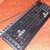 Teclado Gaming Corsair k30 Multimedia - foto