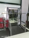 jaula sentadillas con espejo - foto