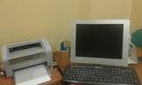 Ordenador, monitor, impresora - foto