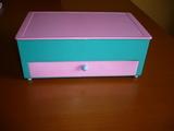 Joyero infantil con cajón en rosa y verd - foto