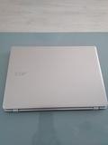 Acer Aspire V5-122P - foto