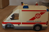Playmobil  4221 ambulancia - foto